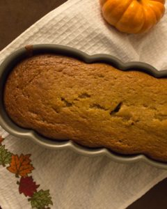 Applesauce pumpkin bread