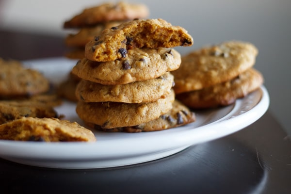 Pumpkin oatmeal chocolate chip cookies are a delicious treat. Just enough pumpkin flavor in this chewy dessert!