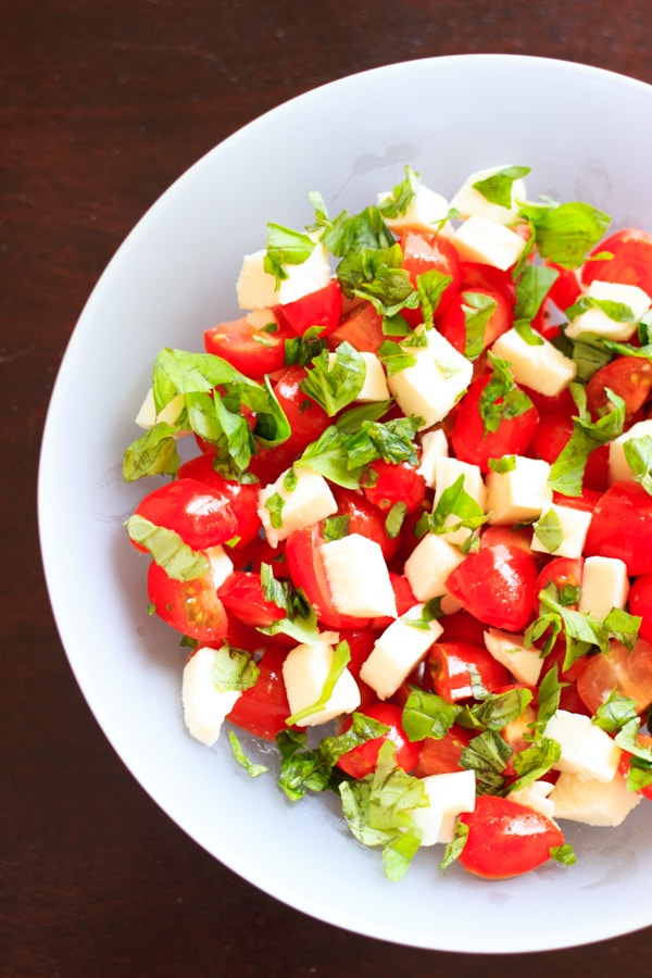 Chopped Caprese salad. An easy way to enjoy this delicious appetizer ...