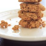 Skinny peanut butter cookies (gluten-free). 5 ingredients, bake in about 10 minutes. Super easy and delicious, you won't even miss the flour! | trialandeater.com