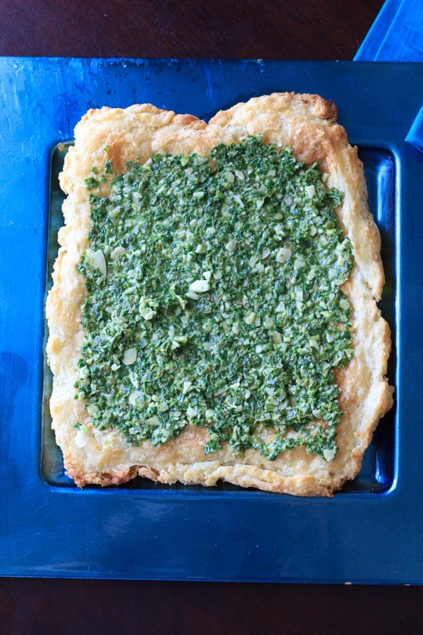 Basil spinach almond pesto. Don't have pine nuts? No problem! @trialandeater
