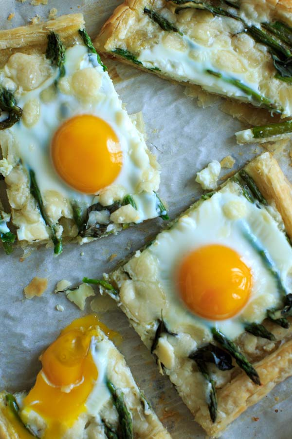 Asparagus Tart with Egg and Goat Cheese (on puff pastry) - a great vegetarian addition to your breakfast/brunch or appetizer spread!