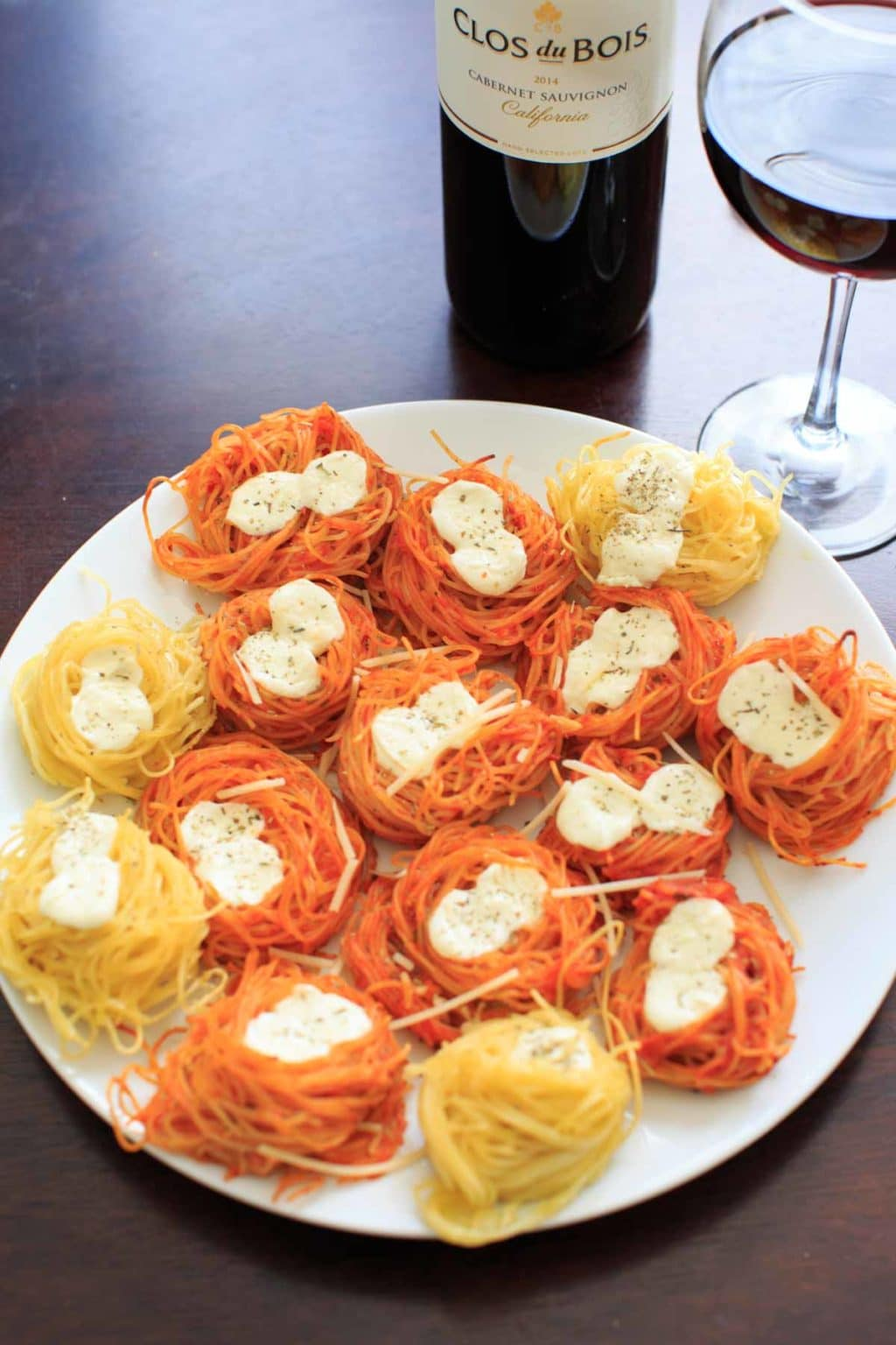 Simple Baked Spaghetti Nests - Barilla Angel Hair Pasta paired with Clos du Bois Cabernet Sauvignon red wine makes an easy and elegant dinner for entertaining.