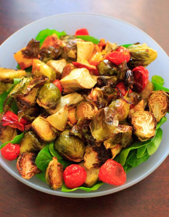 Roasted Vegetable Spinach Salad with Avocado Dressing (Leftover Veggie Salad)