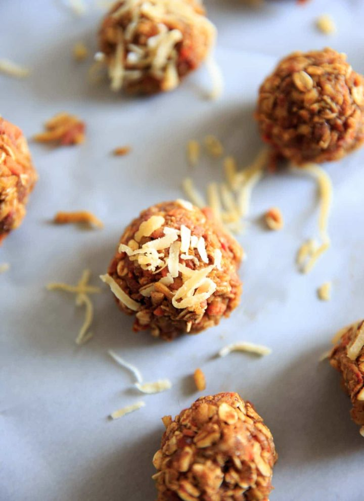 Vegan and gluten-free no-bake carrot cake energy bites. Quick easy snack that's healthy but tastes like dessert!
