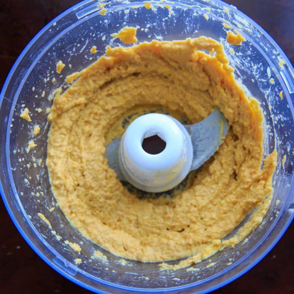 Lemon Garlic Hummus in the food processor