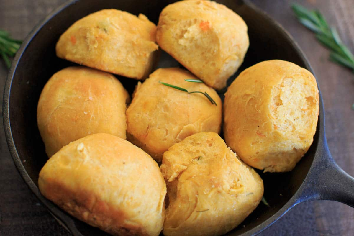 Rosemary Sweet Potato Dinner Rolls in cast iron