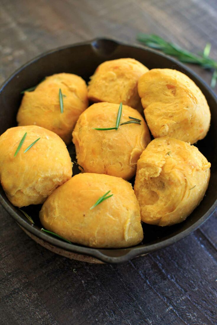 Rosemary Sweet Potato Dinner Rolls in cast iron