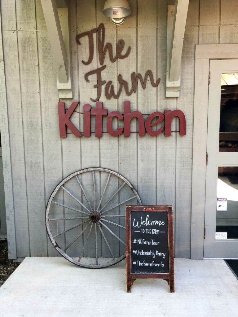 The Farm Kitchen sign
