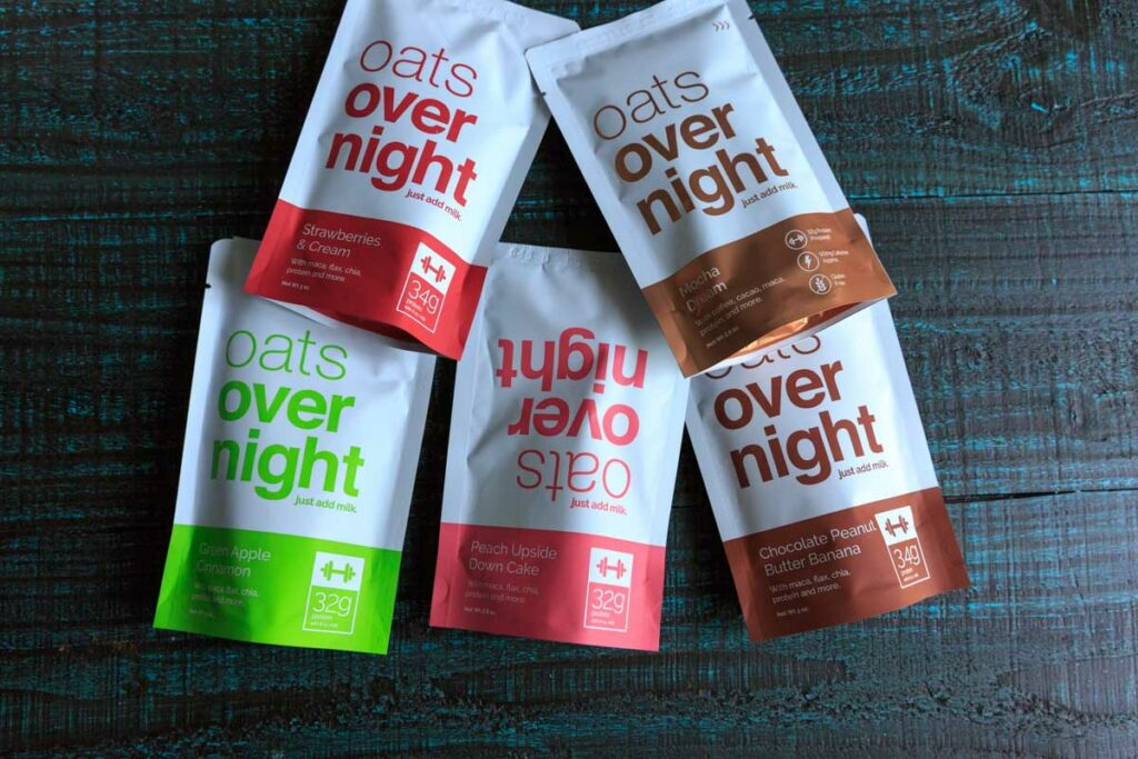 A picture of 5 vegetarian options of oats overnight packets