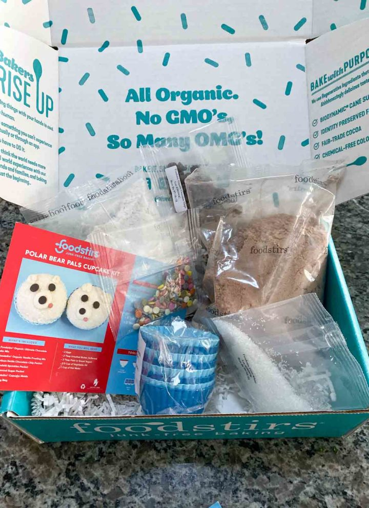 foodstirs polar bear cupcake kit contents