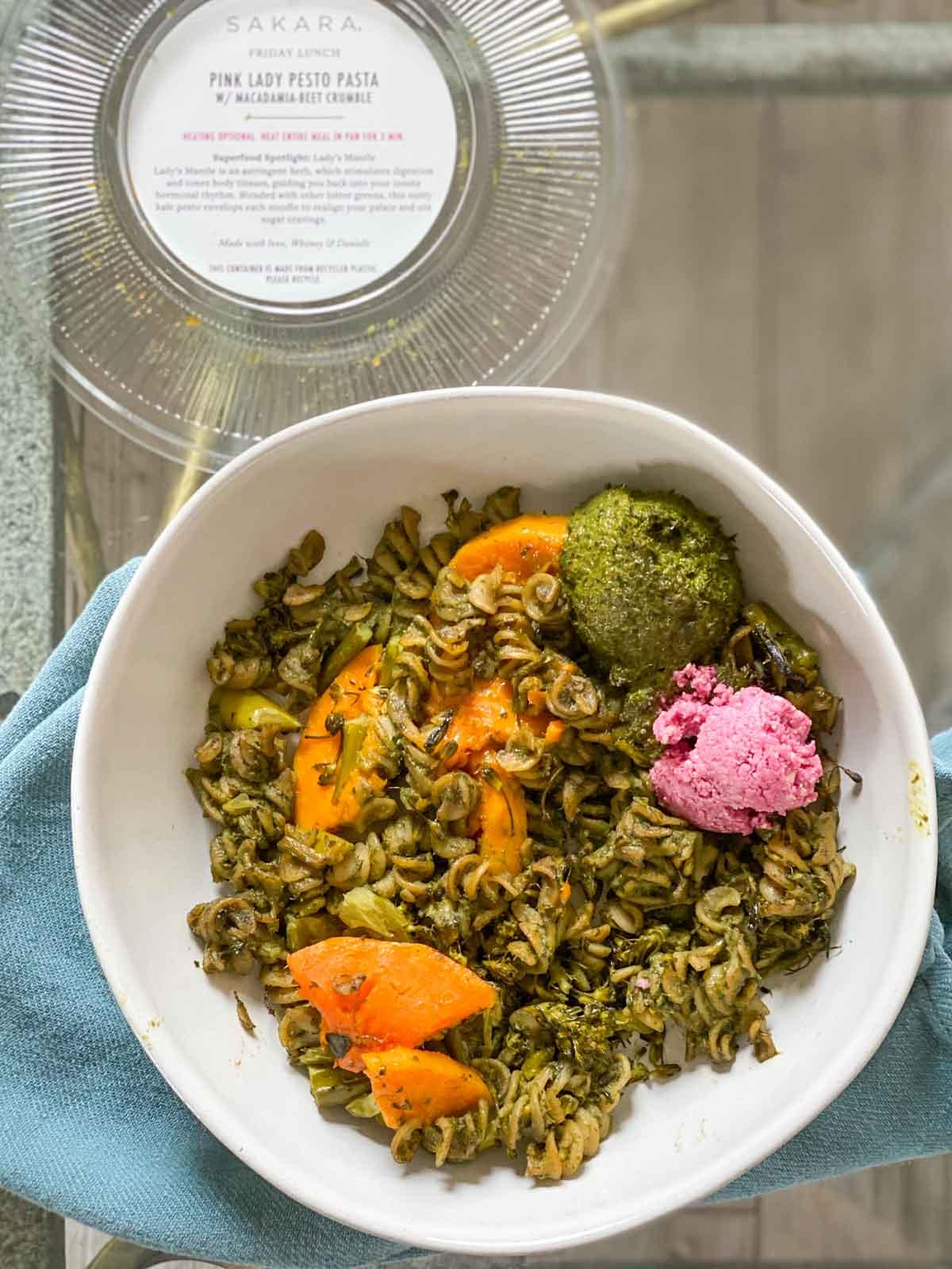 pink lady pesto pasta from sakara life
