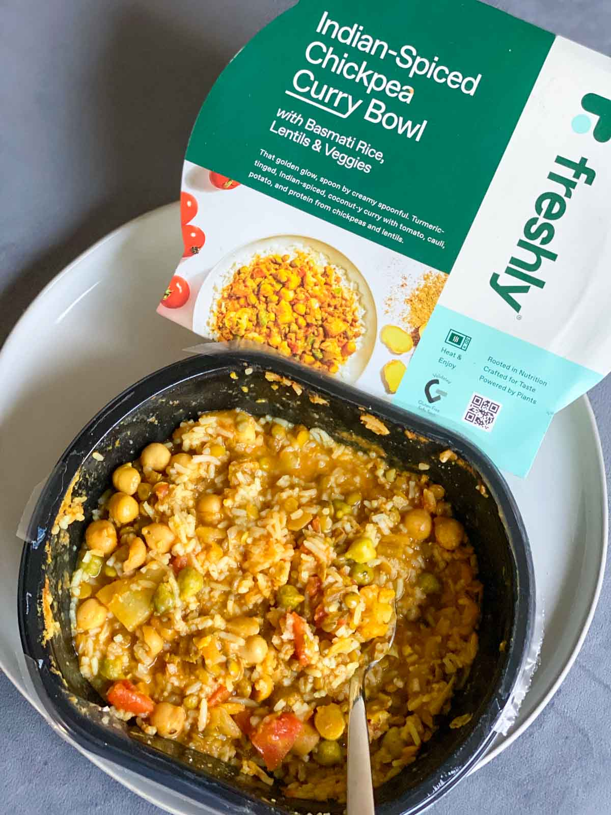 Freshly Indian-spcied chickpea curry bowl